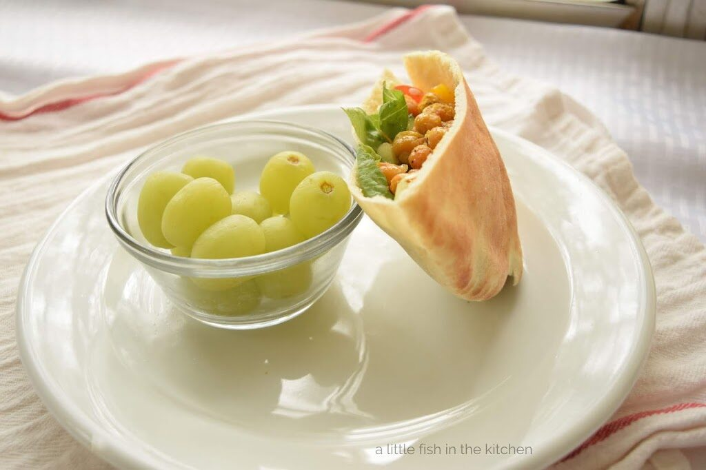 Spicy Roasted Chickpea Pita Pockets