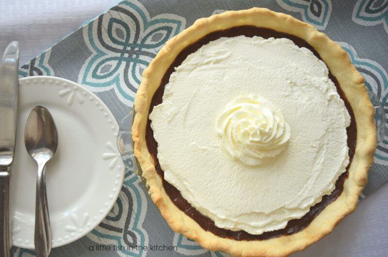 Easy Chocolate Cream Pie #Choctoberfest